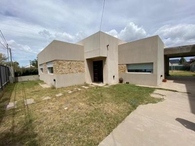San Ignacio hermosa casa en venta